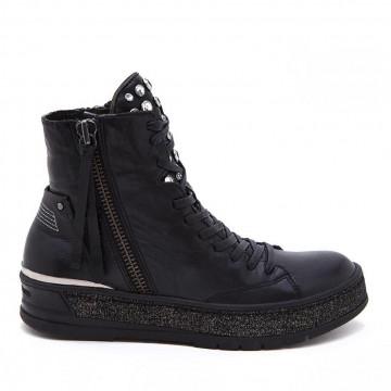 sneakers woman crime london 25900a17b 20 nero hackney