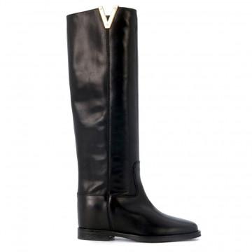 boots woman via roma 15 2568saint barth